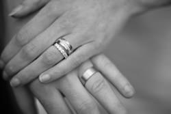 vad skriver man i förlovningsringen