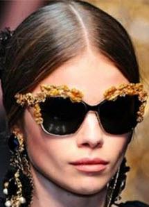 Trendiga solbrillor